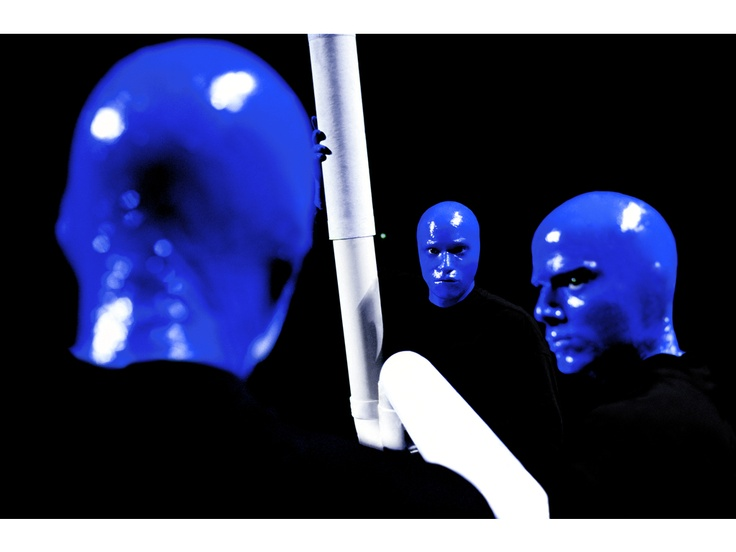 Blue Man Group im Stage Bluemax Theater in Berlin.
