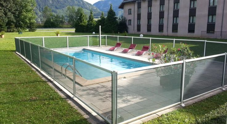 Mont Blanc Hotel Saint Pierre en Faucigny Situated between Geneva, Chamonix and Annecy, facing Mont Blanc, the Mont Blanc Hotel features modern accommodation.