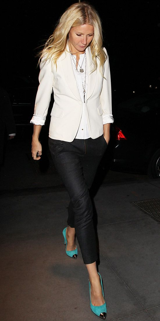 Look of the Day on December 25, 2012 Gwyneth Paltrow who wore a simple white blazer and jeans with heels! #sosimple and so perfect