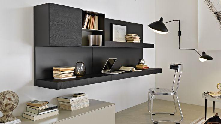 Kalustelevystä voit teettää tilaasi täydellisesti sopivan työpisteen. Pass Ed.2012 Librerie E Multimedia Molteni & C