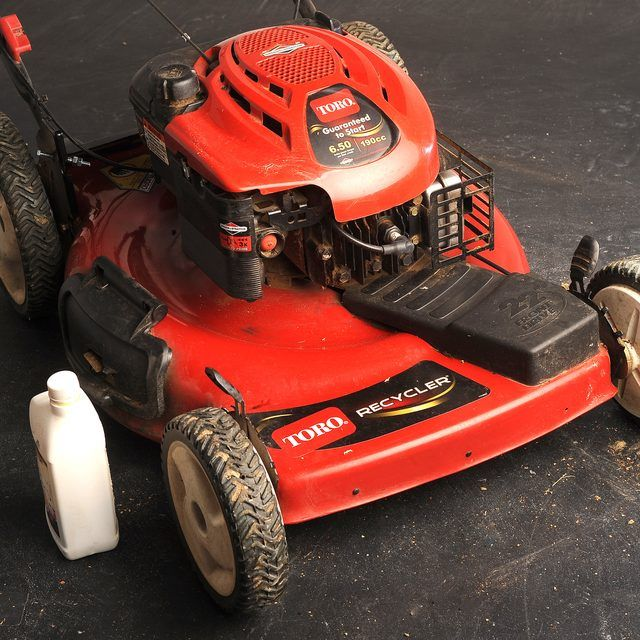 Best 25 toro lawn mower ideas on pinterest housewife for Best motor oil for lawn mowers