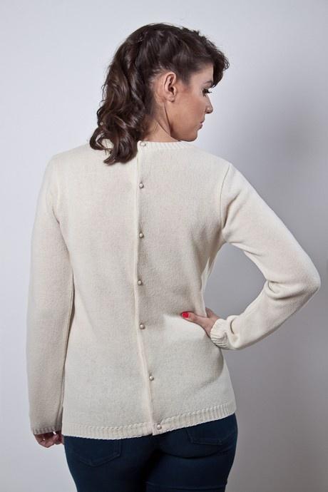Sweater prendido espalda http://buenca.com/productos/106-sweater-prendido-espalda.html