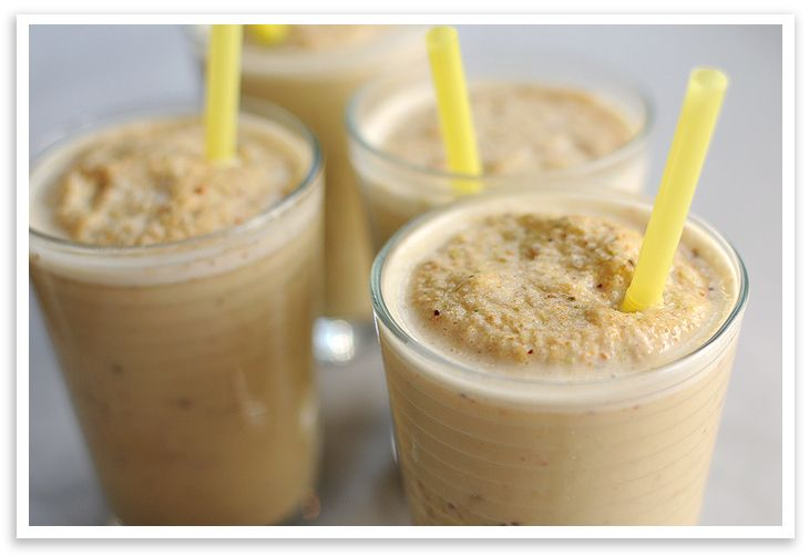 Pistachio Smoothie - could be made with maple syrup or honey instead ...