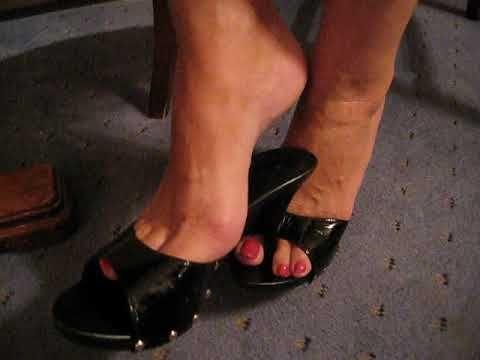 Mature foot fetish pictures
