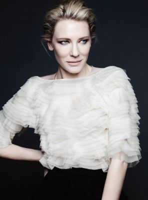 Cate Blanchett looking beautiful in this white ruffle blouse!