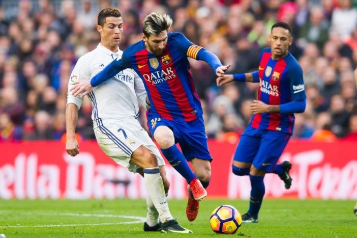Duelo entre Real Madrid e Barcelona já tem data e hora marcada https://angorussia.com/desporto/duelo-real-madrid-barcelona-ja-data-hora-marcada/