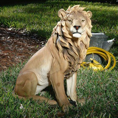 Design Toscano King of Beasts Lion Garden Statue - JE43201
