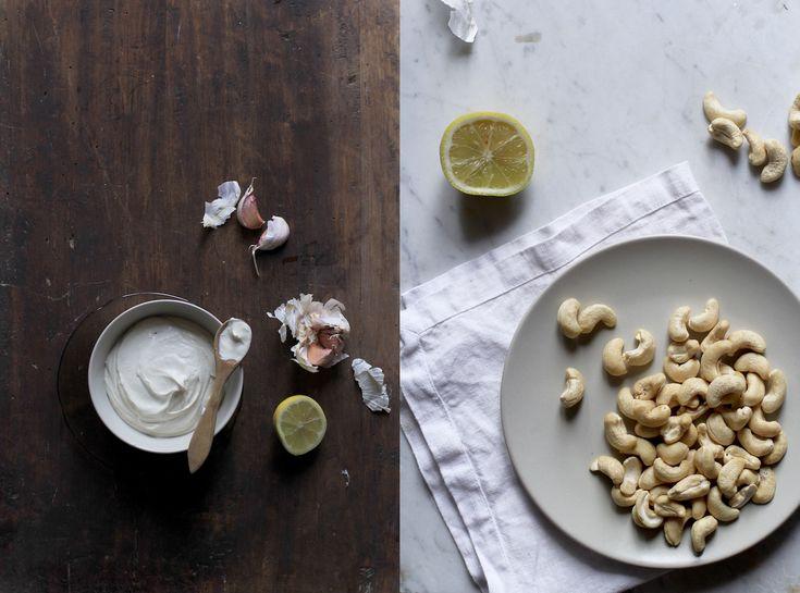 finger-licking cashew and garlic 'mayo' dip (vegan) | savoury | letitbecosy.com