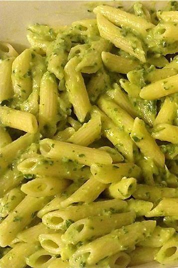 Thermomix recipe: Creamy Avocado Pasta · Tenina.com