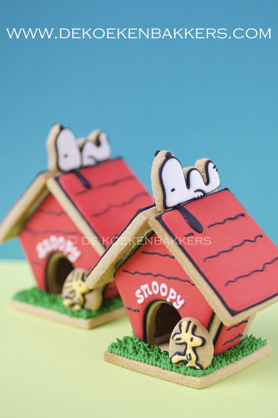 Snoopy Cookie Dog House | Cookie Connection