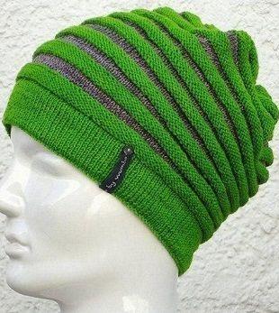 Простая шапка спицами