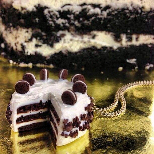 Oreo cake neckless