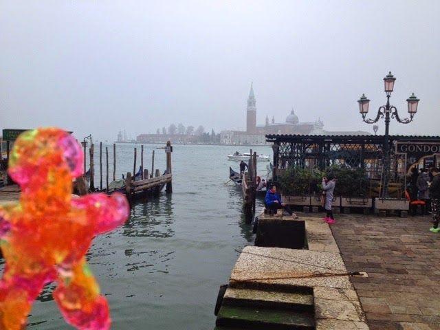 Vanesa Roman: Spoony pasea por Venecia - Spoony visits Venize