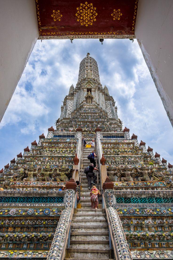Al otro lado de nuestro hotel - Wat Arun en Bangkok, Tailandia