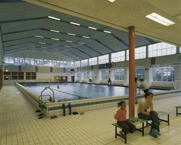 Sportfondsenbad, van Maanenstraat
