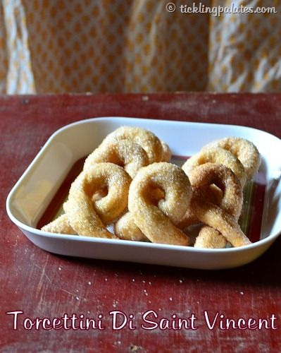 Torcetti Recipe / Italian Twisted Cookies | Eggless Butterless Cookie Recipes