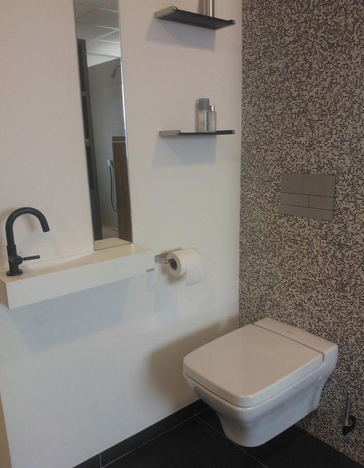 17 beste idee n over toiletruimte op pinterest toiletruimte decor badkamer en doucheruimte decor - Mini badkamer m ...
