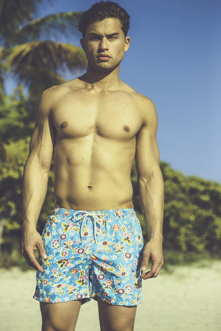 @maritimoswim boasts a selection of men's swim trunks and briefs to suit any style. Fashion experts expect men's swimwear to deviate from simple solid trunks to bold designs. #miami #wheretraveler #mensfashion