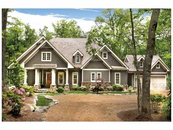 Love the layout of the house it just needs to be brick and I would love it!