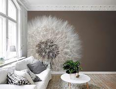 Kies voor natuurlijke, rustige tinten in de woonkamer, bv met dit #fotobehang Paardenbloem