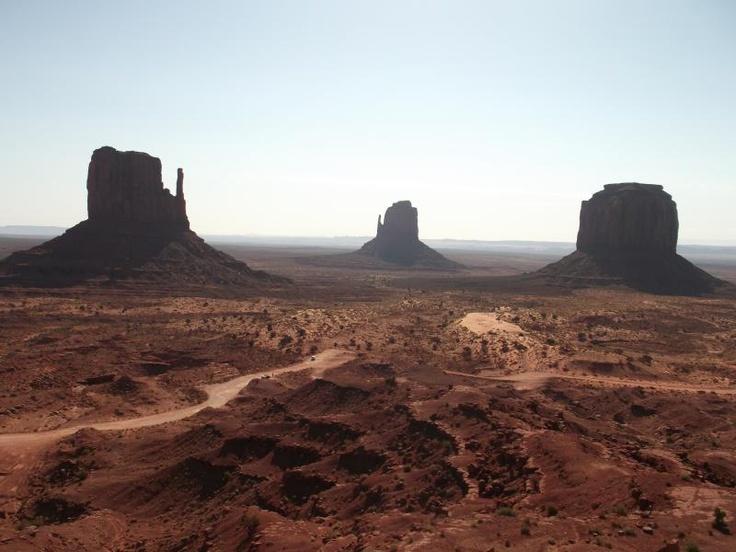 ユーラシア旅行社で行く アメリカ西部国立公園ツアーのモニュメントバレー