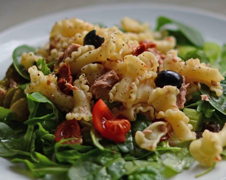 Gigli pasta salad with Tuna and Truffle oil [3075 x 2460] [OC]