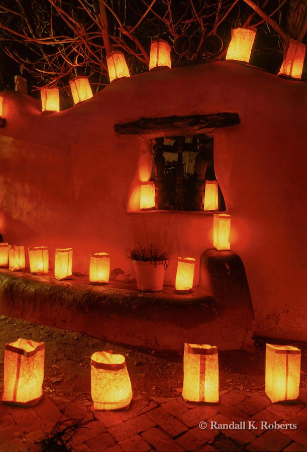 Christmas in Old Town Albuquerque, New Mexico.....would like to visit in memory of Aunt Ferne and Uncle Bill.