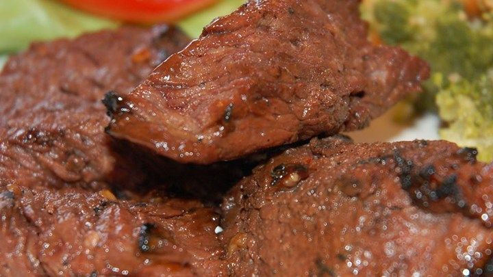 This marinade is great for beef or chicken. The Worcestershire sauce and Italian-style dressing give the marinade a zing, while the garlic pepper seasoning and barbeque sauce give it that barbeque flavor. The longer the beef or chicken sits in the marinade, the better it will taste.