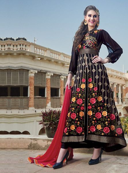 This Blog depicts the importance of party wear designer salwar suits that defines every Indian woman.