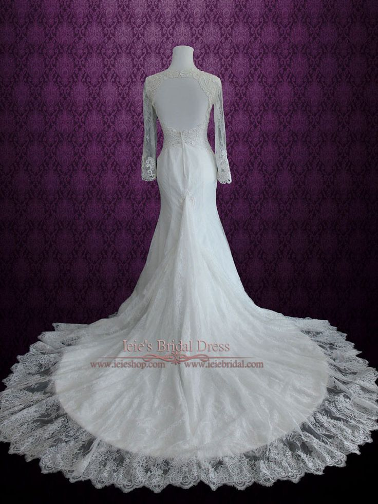Vintage Style Keyhole Lace Wedding Dress with Plunging Neckline and Long Sleeves   Amber
