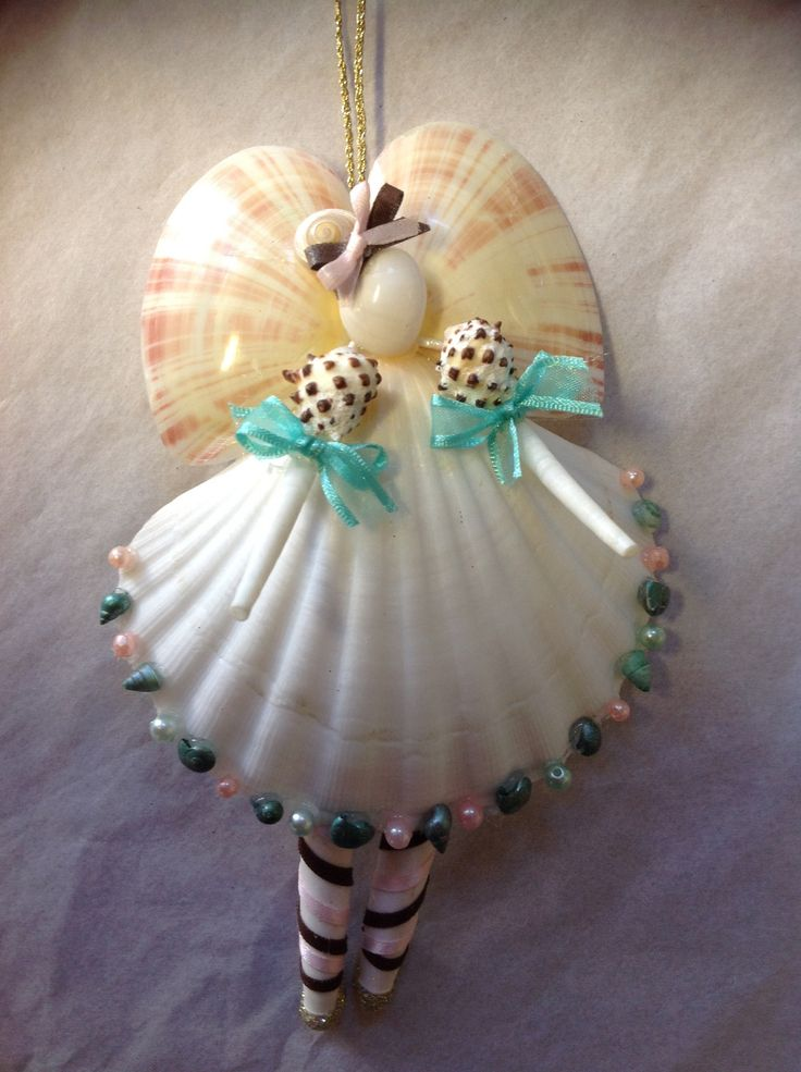 Angel Ballerina....(wow! who would ever think of putting different shells together to form such a lovely angel! love this ornie!)