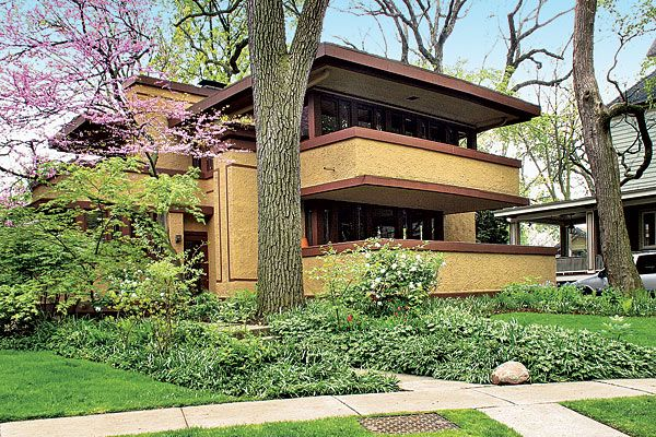 35 best images about craftsman style landscaping on for Frank lloyd wright craftsman