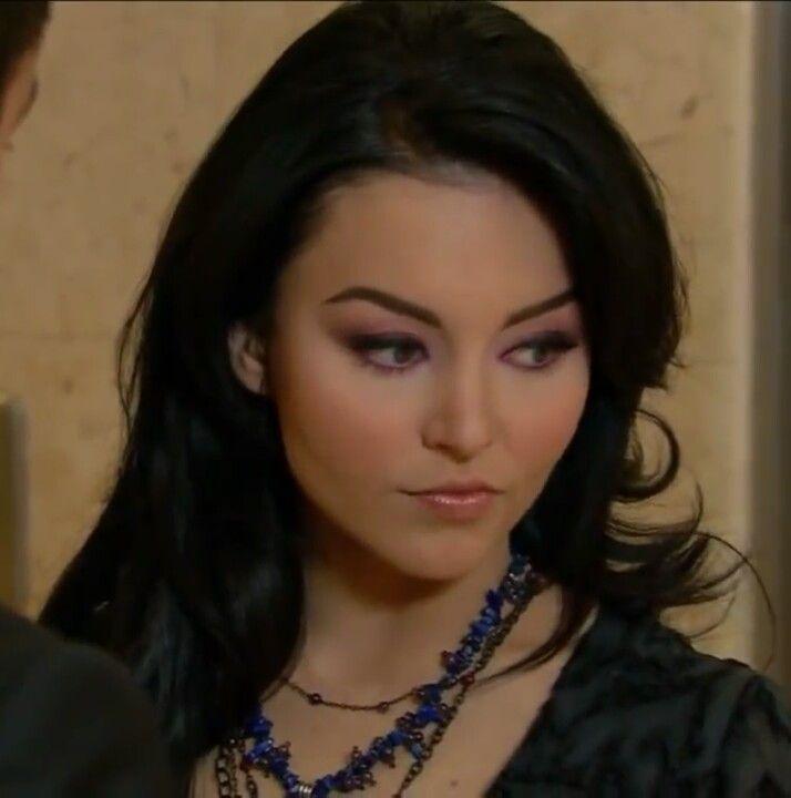 angelique boyer teresa makeup - photo #18