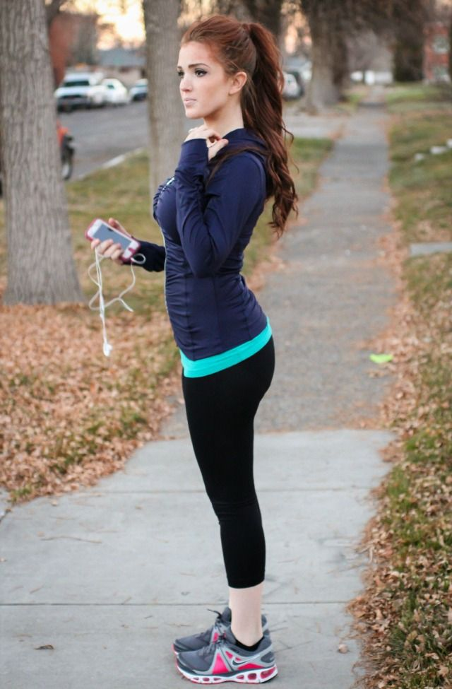 the freckled fox  what i wore fall workout style  a