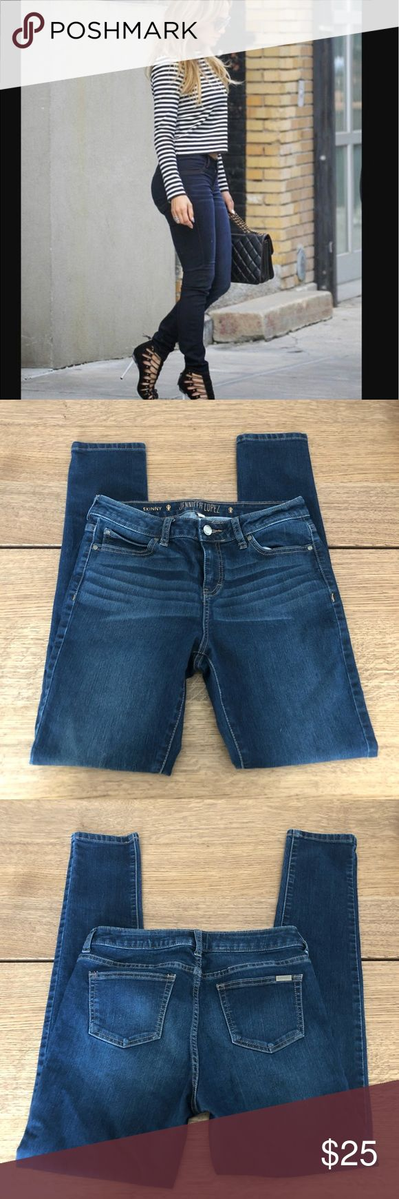 Jennifer Lopez skinny jeans Soft and stretchy denim, size 6, in excellent condition!  Inseam   Rise   Waist   Leg opening   Bin13 Jennifer Lopez Jeans Skinny
