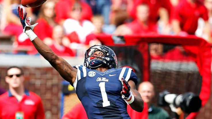 WR prospect Laquon Treadwell likes how Dez Bryant attacks the ball
