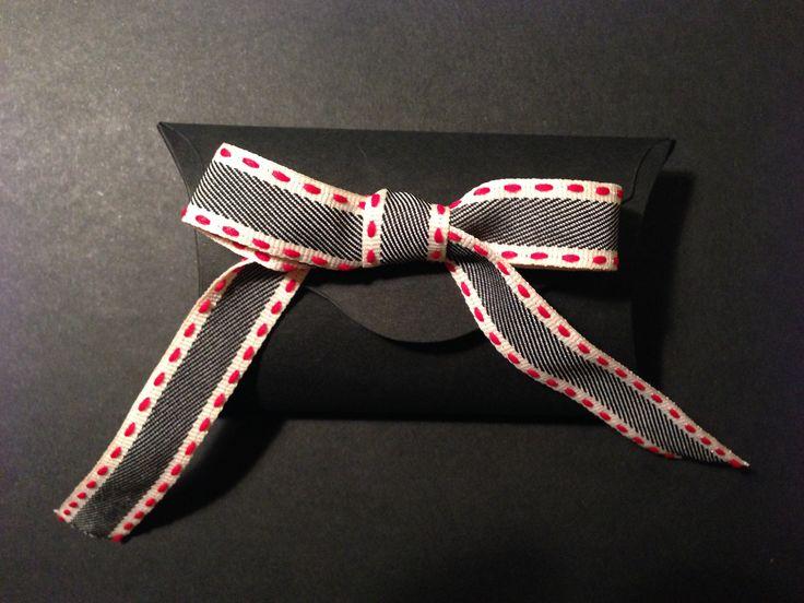 custom gift box / scrapbooking / big shot creations