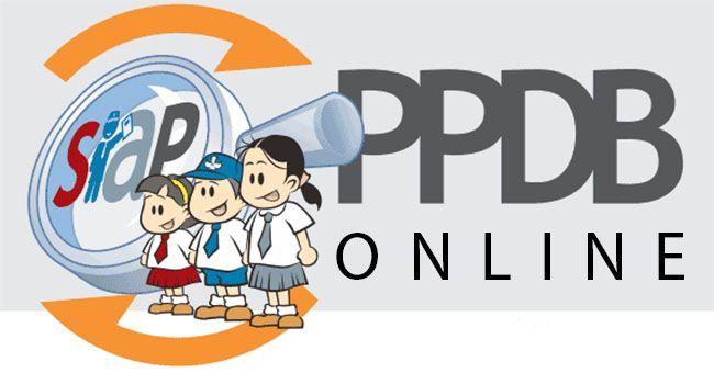 "Kejanggalan PPDB Online Kota Bandung Bikin Resah Orangtua https://malangtoday.net/wp-content/uploads/2017/07/ppdb-online-sma-kacau-disdik-buat-penerimaan-smp-jadi-semi-online.jpg MALANGTODAY.NET – Orang tua siswa tingkat sekolah dasar di Kota Bandung merasa resah karena nama anaknya tiba-tiba menghilang dari data Penerimaan Peserta Didik Baru (PPDB) online Kota Bandung, meski telah memenuhi syarat diterima. ""Anak saya itu (Naufal) sudah masuk dengan nomer... https"