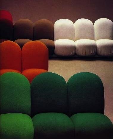 Pierre Paulin; 'Blubub' Sofa System, 1972. coloor sillon curvo modulo