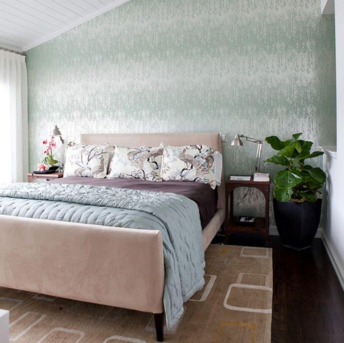 papel de parede em quarto de casal