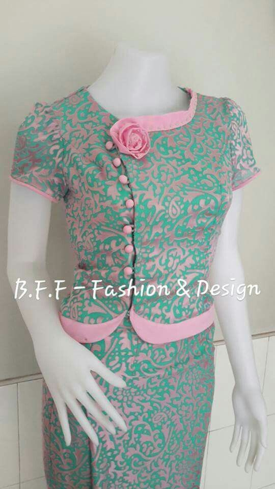 Turquoise and pink combination with pink rose