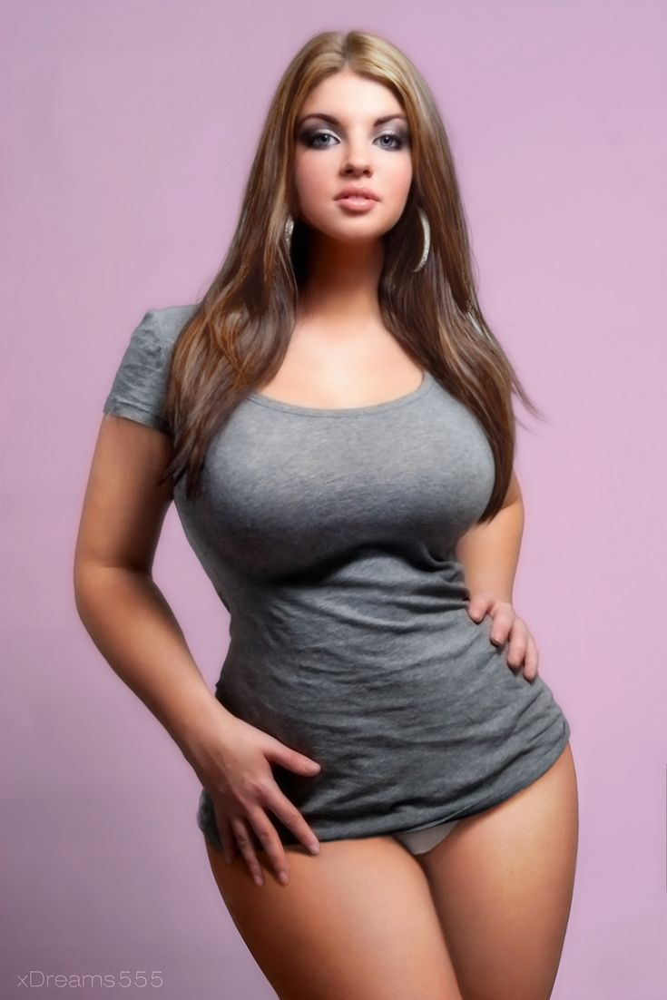 Curvalicious! There is always something to be said about curvy women.