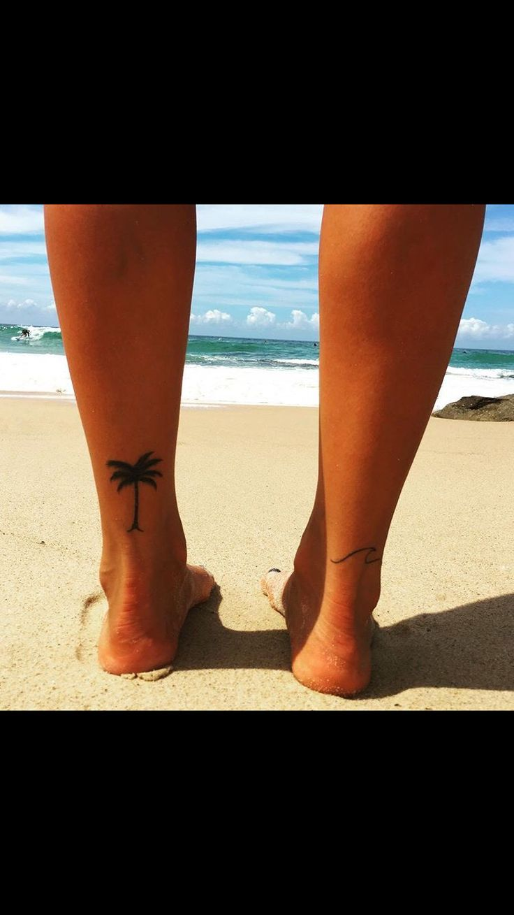 Something simple like this would make a great henna tattoo for summer! I was thinking maybe do mountains for me :)