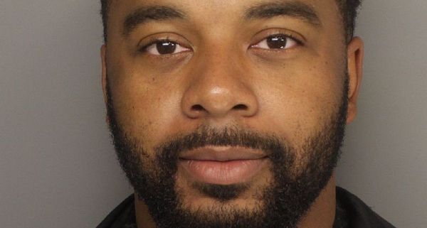 Former Clemson quarterback Tajh Boyd turned himself in to police Tuesday morning…