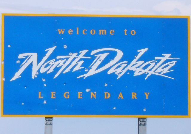 Welcome To North Dakota Sign Sioux County North Dakota In 2020 South Dakota North Dakota North Dakota Travel