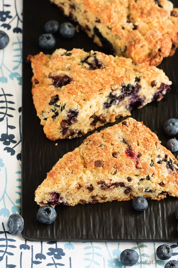 Blueberry Chocolate Chip Scones - Easy to make, light and fluffy blueberry…