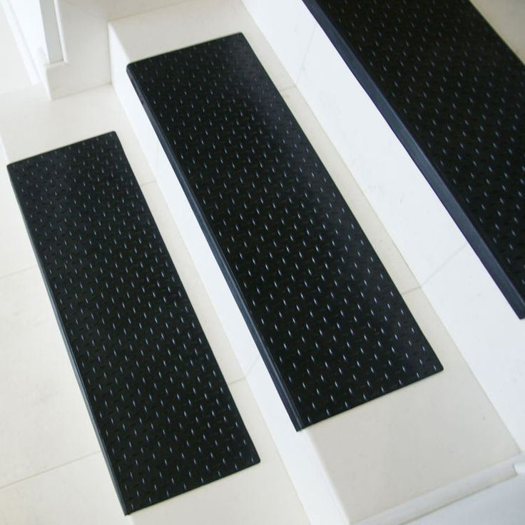 """DiamondPlate"" Step NonSlip Rubber Stair Tread Stair"