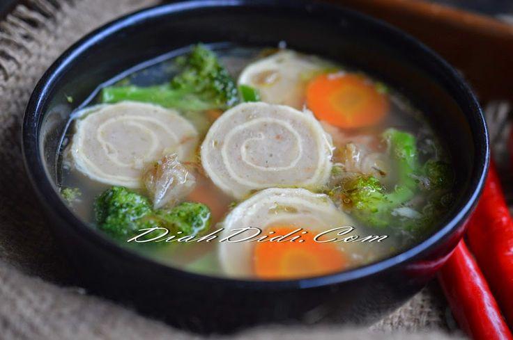 Diah Didi's Kitchen: Sup Rollade Ayam Udang