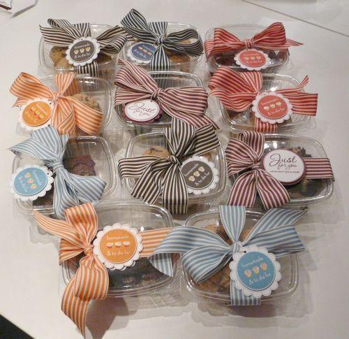 1000+ ideas about Bake Sale Displays on Pinterest | Bake Sale ...