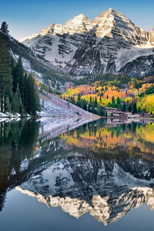 Maroon Bells in autumn - Colorado  (by Del Higgins on 500px)